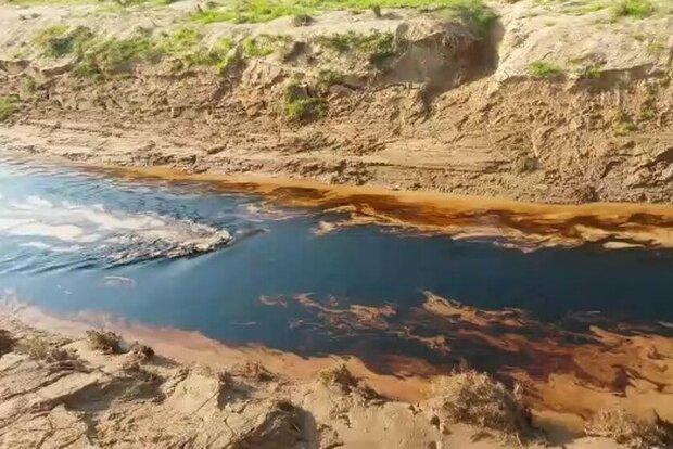 لکههای نفتی دره «بهون» را آلوده کرد