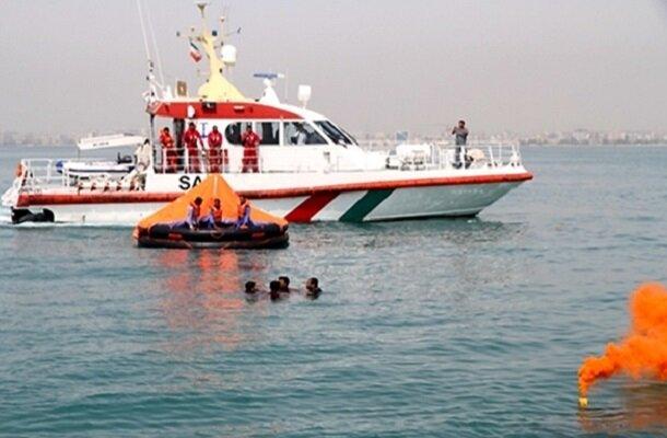 لنج باری در مسیر دبی - بندر ریگ غرق شد/ نجات ۶ خدمه