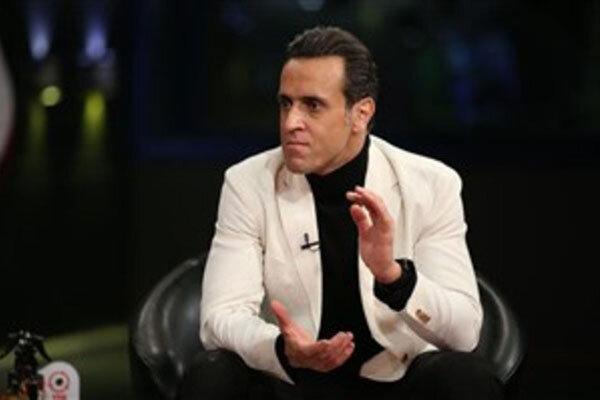 علی کریمی از حضور در تلویزیون انصراف داد/ این برنامه نمایشی است!