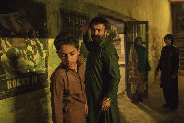 کوچ سینماگران به عرصه سریالسازی/ «لیپار» آماده تور جهانی میشود