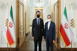 Araghchi holds talks with S. Korean Deputy Foreign Minister