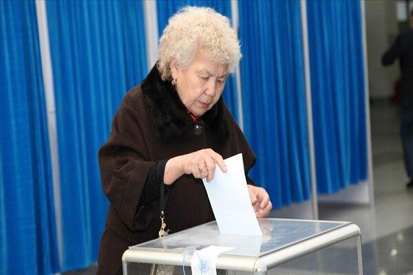 Kazakistan halkı sandık başında