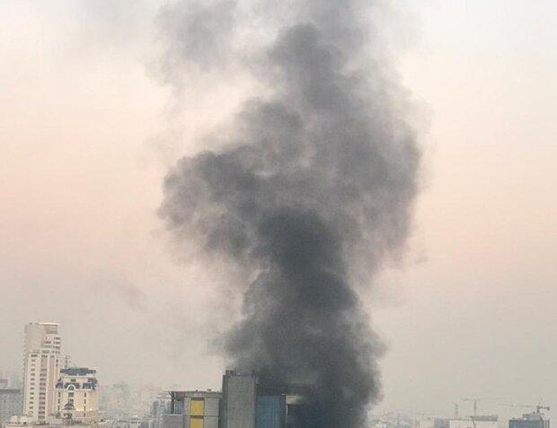 کربلائے معلی میں حضرت امام حسین (ع) کے روضہ کے قریب ایک عمارت میں آگ  لگ گئی
