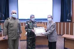 اعطای دکترای افتخاری دافوس به دو تن از پیشکسوتان ارتش