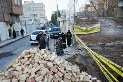 سقوط کارگر ساختمانی ۲۵ ساله در اصفهان/ اتاق پوشاک در آتش سوخت