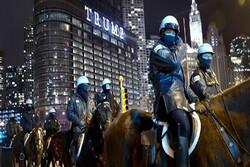 Anti-Trump woman drives through Trump Tower Chicago barricade