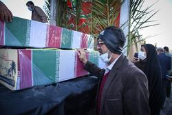 شیراز میں 15 گمنام شہیدوں کی تشییع جنازہ