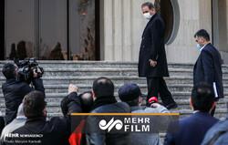 واکنش جهانگیری به نوسانات شاخص بورس