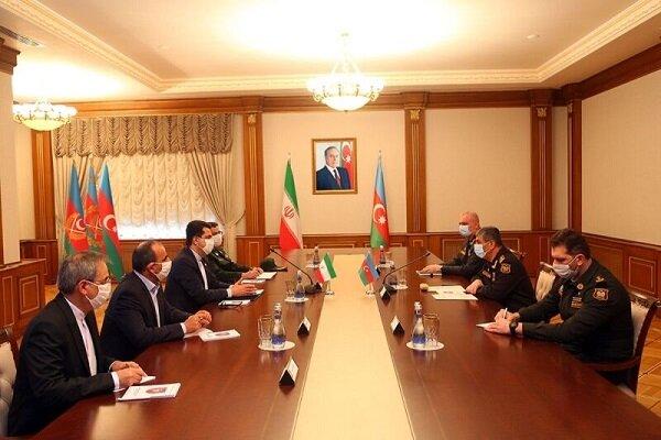 Iran, Azerbaijan discuss strengthening military coop.