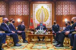 ترامب يتسلم أرفع وسام من المغرب لدوره في اتفاق التطبيع مع إسرائيل