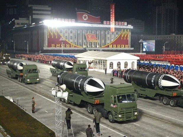 شمالی کوریا میں سب سے طاقتور بیلسٹک میزائل کی رونمائی