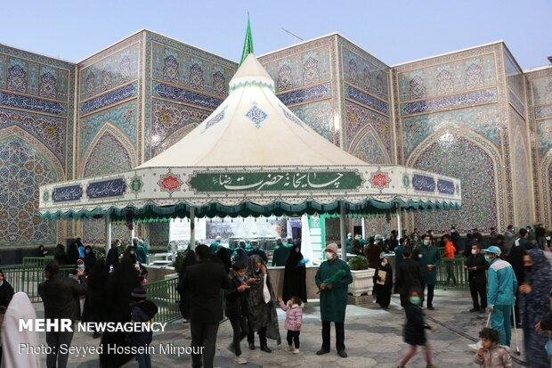 Hazrat Fatemeh (PBUH) mourning ceremony observed in Mashhad