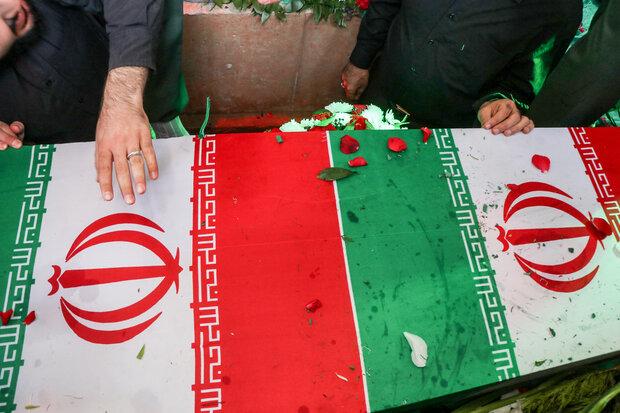 پیکر مطهر یک شهید گمنام در اهواز تشییع شد