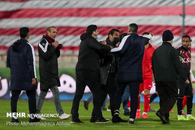 دیدار تیم های فوتبال پرسپولیس تهران و فولاد خوزستان