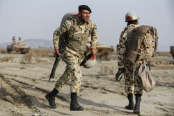 Army launches military drill in west Iran