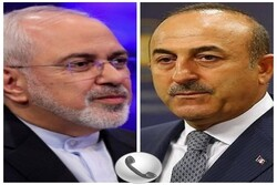 Iranian, Turkish FMs hold phone talk on bilateral ties