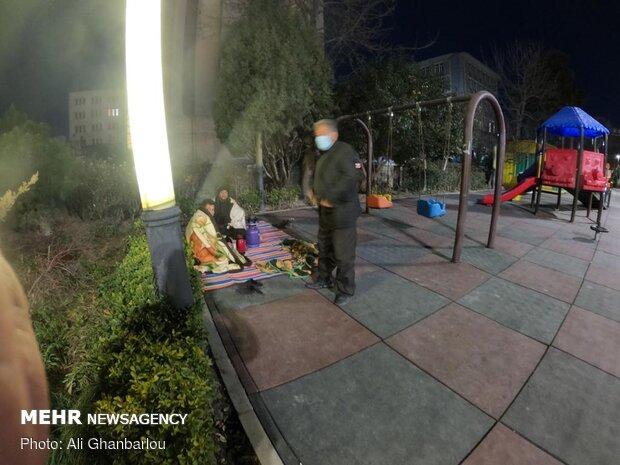 معلمانی که شب ها در پارک می خوابند