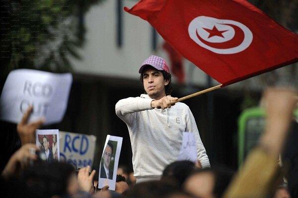 في تونس… بركان الثورة في يتّقد