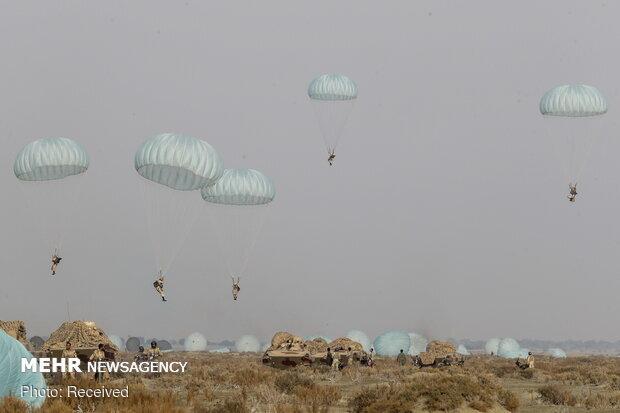انتهاء مناورات القوات البرية للجيش الايراني اقتدار 99