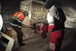 امدادرسانی به بیش از ۶هزار نفر درگیر برف و کولاک طی ۴ روز گذشته/اسکان اضطراری ۴۴۷ نفر