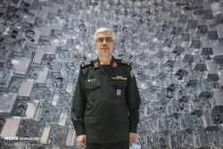 تبریک سرلشکر باقری به نماینده جدید ولی فقیه در استان سمنان
