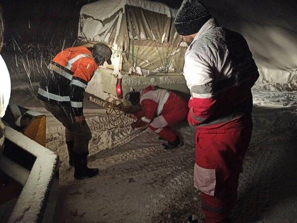 امدادرسانی به بیش از ۸۰۰ نفر طی دو روز گذشته