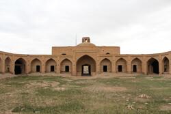 مرمت و بازسازی کاروانسرای باغ شیخ ساوه آغاز شد