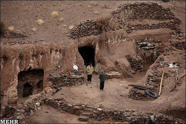 İran'ın güneydoğusunda bir mağara köyü: Meymand