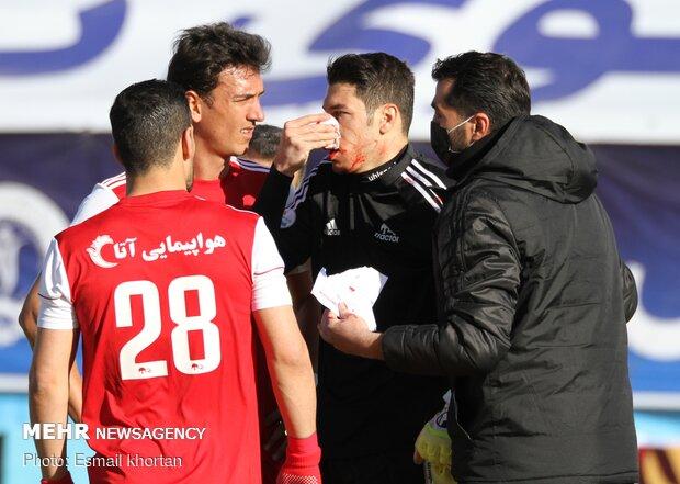 دیدار تیمهای فوتبال گل گهر سیرجان و تراکتور سازی تبریز
