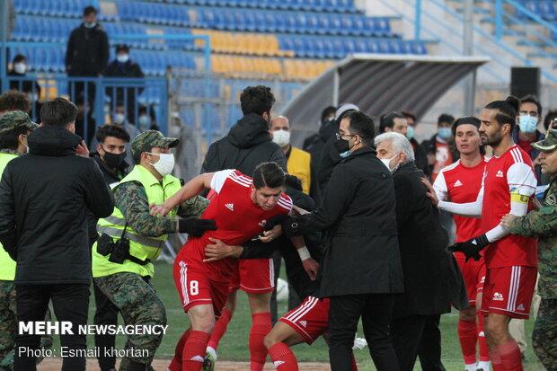 دو فوتبالیست جنجالی لیگ برتر تا اطلاع ثانوی محروم شدند