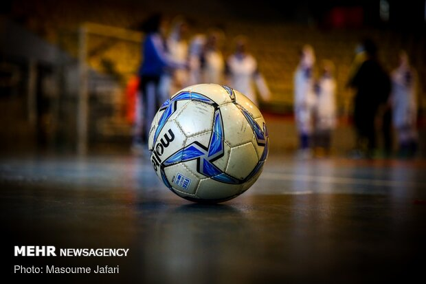 تیم فوتسال بانوان اسفراین امسال در لیگ برتر شرکت میکند