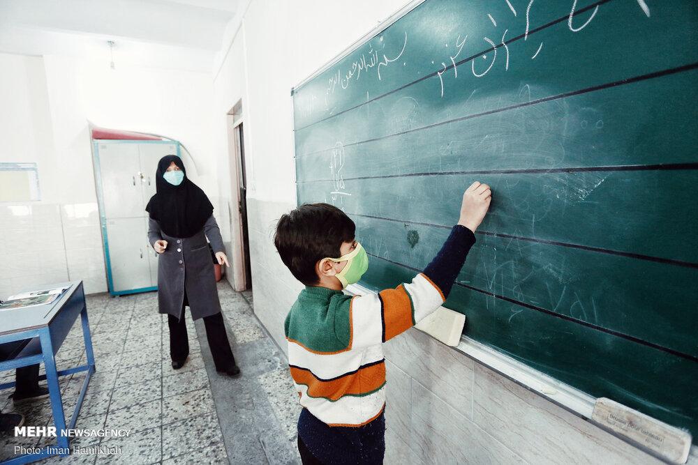مطالبه خانواده ها برای پیشگیری از کاهش سلامت روان فرزندانشان باید بازگشایی مدارس باشد