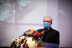 نجاح وزارة الصحة في السيطرة على فيروس كورونا مدين بالكثير لدعم قائد الثورة
