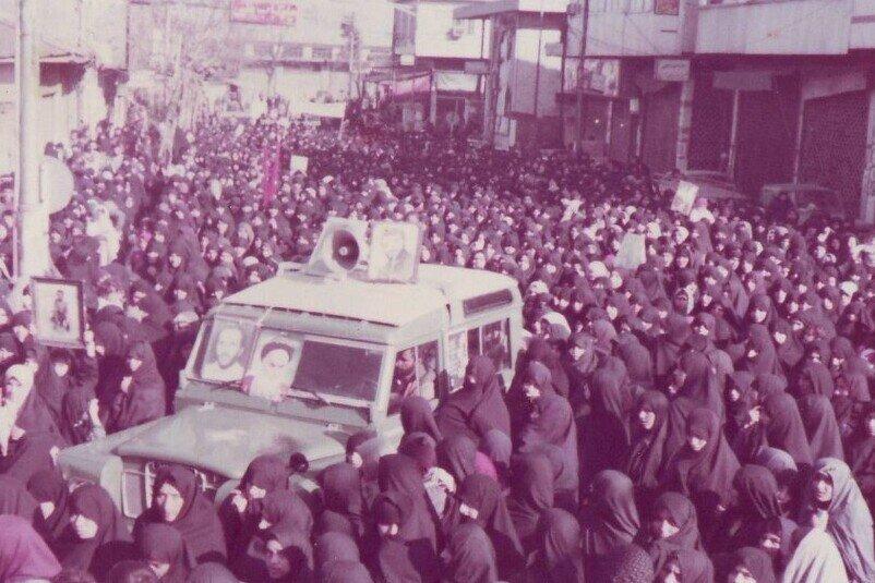 حماسه بی نظیر 6 بهمن آمل نباید فراموش شود