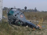 مقبوضہ کشمیر میں بھارتی فوج کا ہیلی کاپٹر گر کر تباہ/ پائلٹ ہلاک