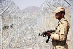 سربازان مایه عزت و امنیت پایدار کشور هستند