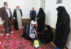 رئیس سازمان قضایی گلستان با خانواده شهید مرزبان گلستانی دیدار کرد
