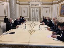 تحولات منطقه؛ محور گفتگوی ظریف و نخست وزیر ارمنستان