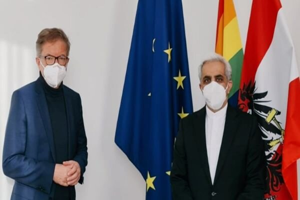 Vienna, Tehran mull over expanding bilateral health coop.