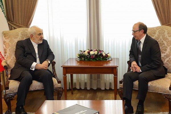 Zarif, Ermeni mevkidaşı Ayvazyan ile görüştü