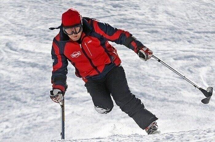 """منتجع """"ديزین"""" في طهران یستضيف الألعاب الدولية للتزلج على المنحدرات الثلجية للمعاقين"""