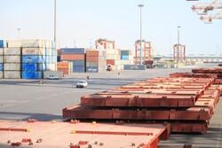 کاهش ۱۵ درصدی واردات/ ۵ میلیارد دلار کالای مصرفی وارد شد