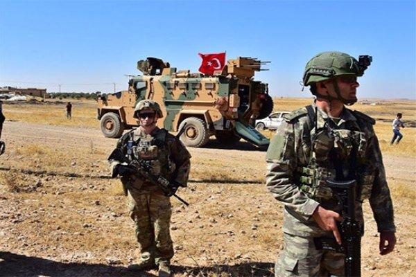 تركيا تعلن القبض على 5 روسيين وليبي على الحدود السورية