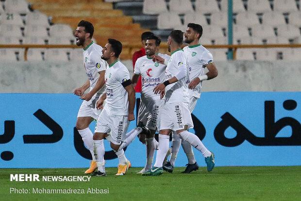 Persepolis gains 2-1 victory over Machine Sazi