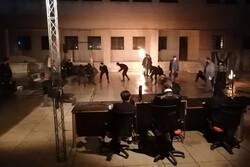 «دموکراسی سفارشی» تا ۳۰ بهمن به اجراهای خود ادامه میدهد
