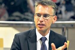 الاتحاد الأوروبي يدعو إلى رفع العقوبات الأمريكية عن إيران