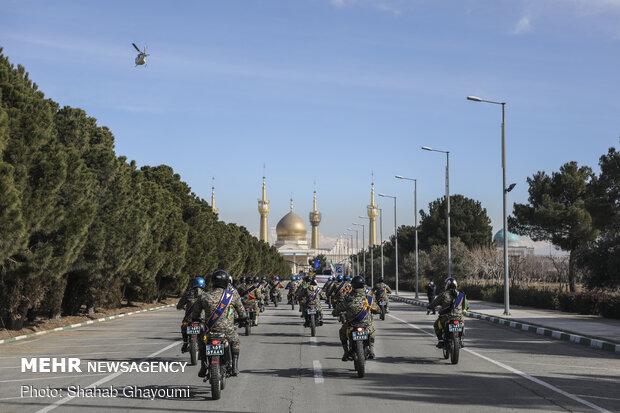 رژه موتور سواران به مناسبت سالروز ورود امام خمینی(ره)
