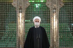 الرئيس روحاني وأعضاء الحكومة في مرقد الإمام الخميني (ره)
