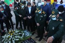 حضور رئیس ستاد کل نیروهای مسلح در گلزار شهدای کرمان