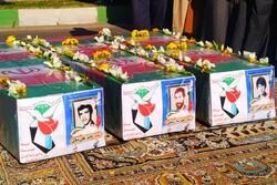 پیکرهای مطهر ۳ شهید دفاع مقدس در دزفول تشییع و به خاک سپرده شدند